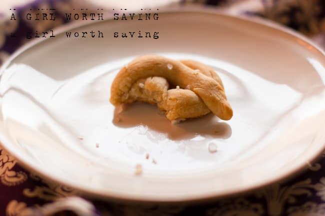 paleo gluten free soft pretzel
