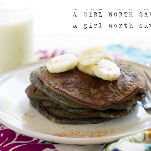 Paleo Chocolate Banana Pancakes