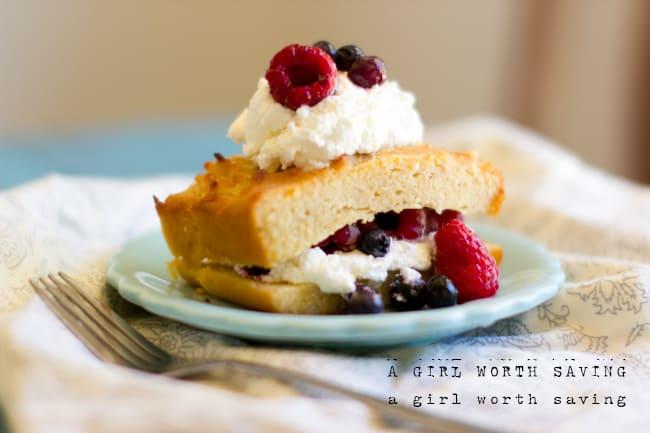Paleo Lemon Pound Cake | A Girl Worth Saving