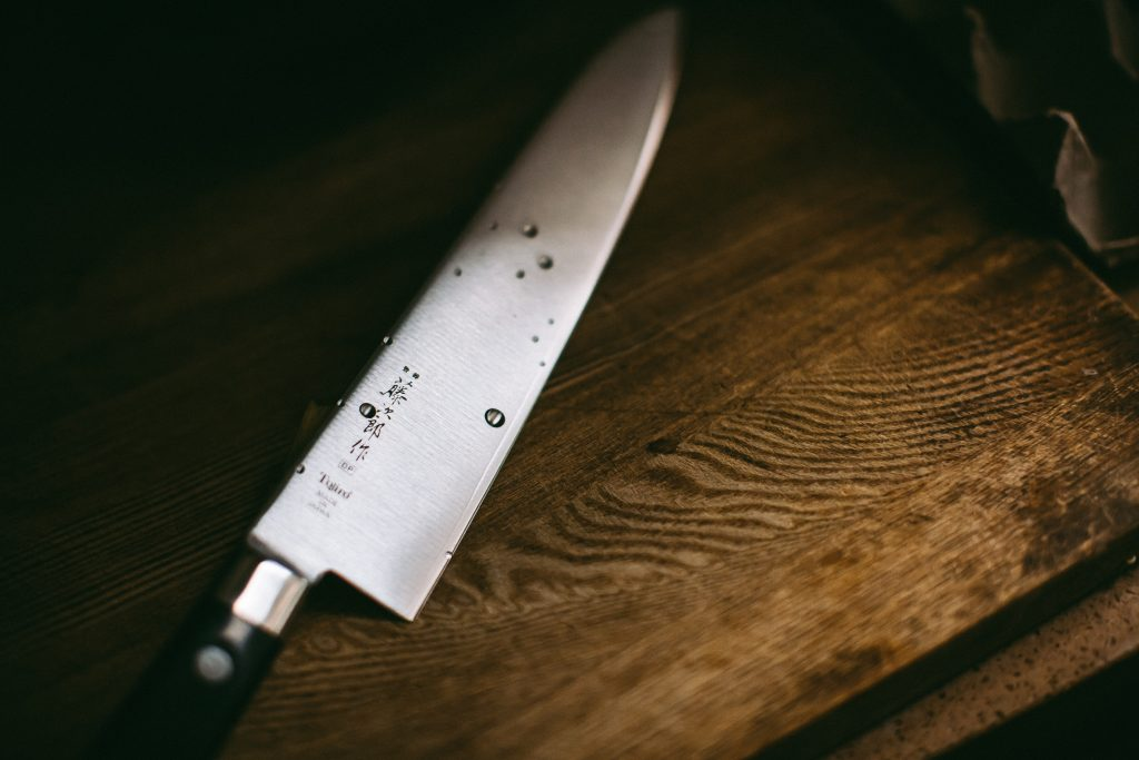 No matter how passionate you are about cooking, you cannot have a good time in the kitchen without the proper tools and utensils. There's nothing more frustrating than not having a sharp knife to cut the meat when you're halfway through a recipe. Kitchen tools can save you time, give you more mobility in the kitchen, and help you create more complex dishes.