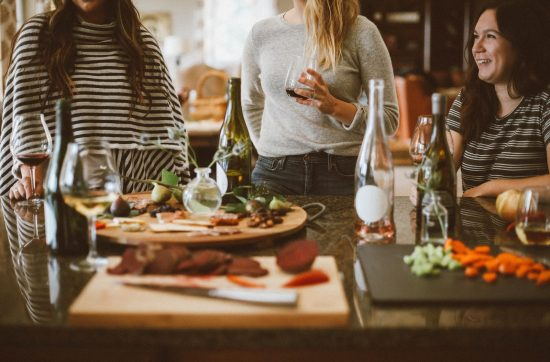 3 best red wines to serve at a party