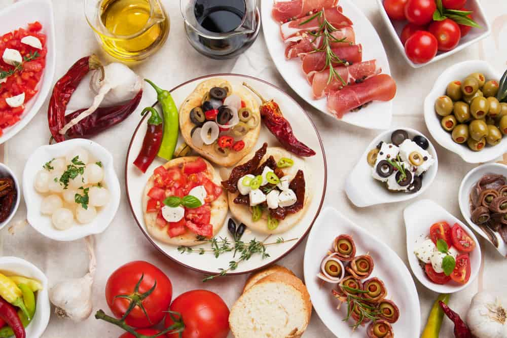 The Mediterranean Diet: Healthy and Delicious Foods