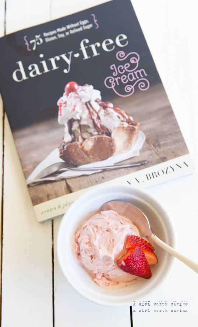 Paleo Strawberry Ice Cream (Vegan, AIP)