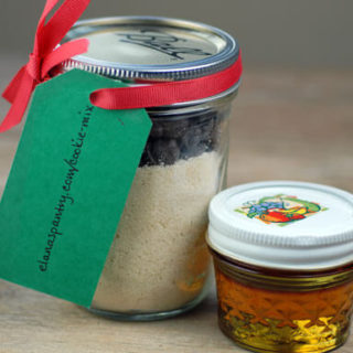 If you're looking for some awesome homemade Paleo Christmas gifts, you're going to love these suggestions!