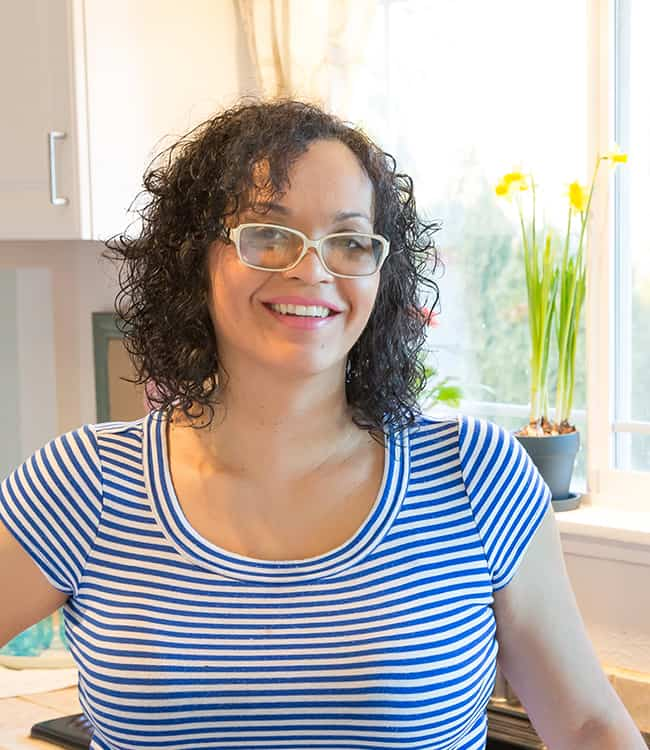 kelly-bejelly-headshot-small
