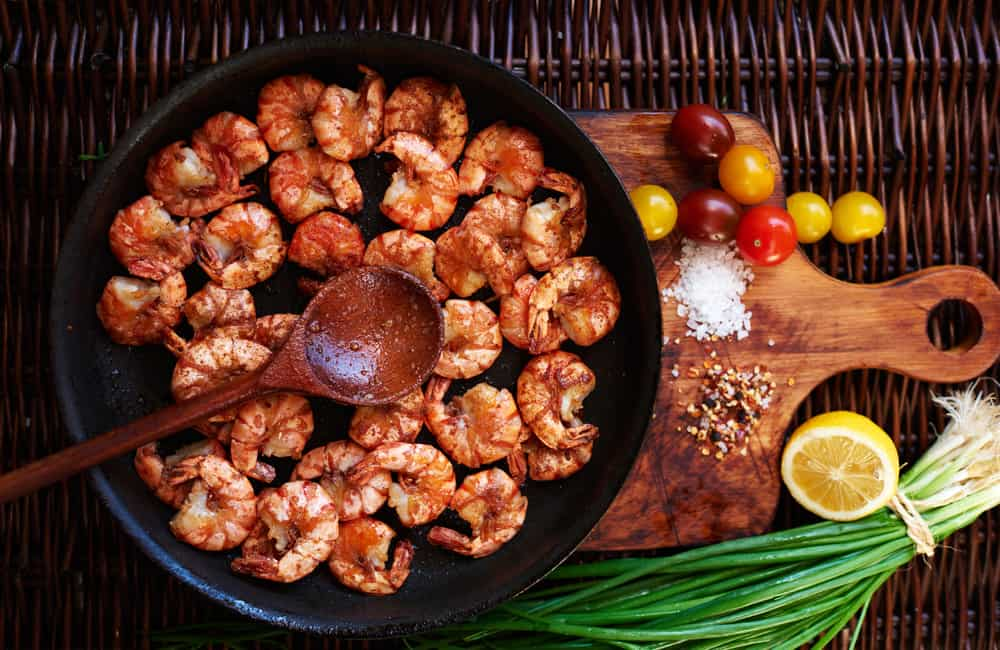 Heat up your frying pan! If you're trying a ketogenic diet, there are a number of tasty skillet recipes for you to discover.