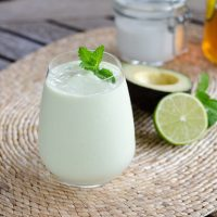 Key Lime Pie Smoothie (Paleo, Keto, Vegan)