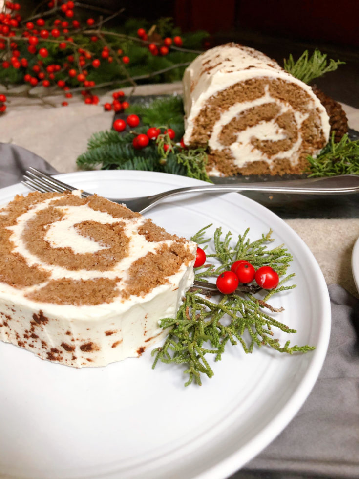 Low Carb Gingerbread Roll Cake