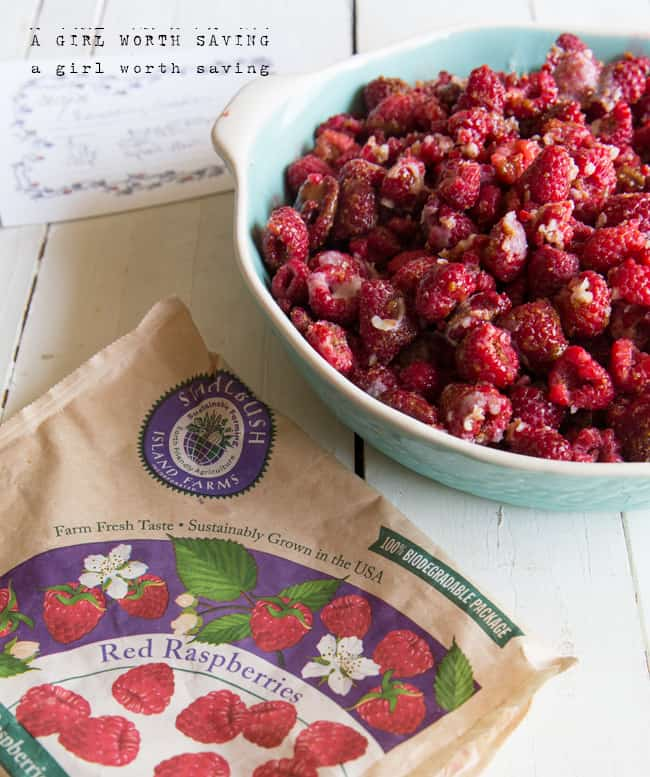 paleo raspberry cobbler