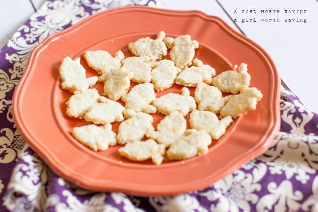 Gluten-free White Cheese Crackers recipe