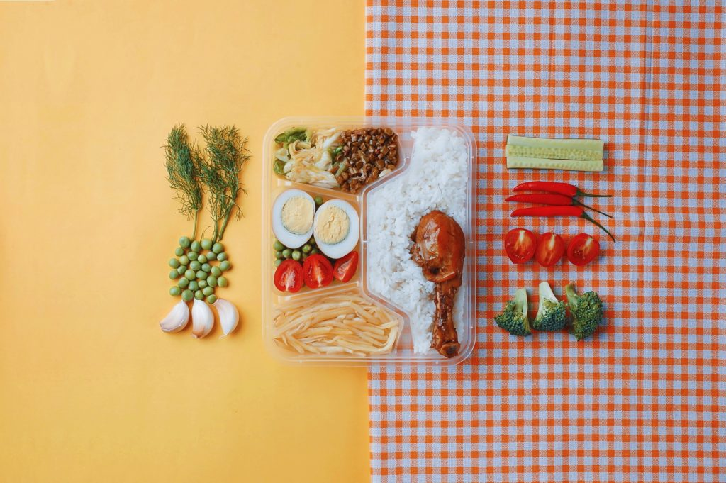 As kids start to head back to school and the colder weather begins to set in, many families are trying to ensure that everyone has the nutrition they need to power through the day. That means that, whether you're headed to class or to the office, you'll need a lunch that packs a punch. But actually packing that lunch can be more difficult than it seems.